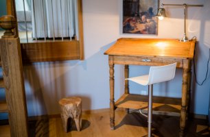 塔式套房办公桌